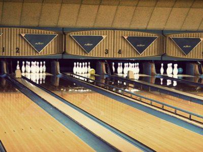 Bowling-Recreation